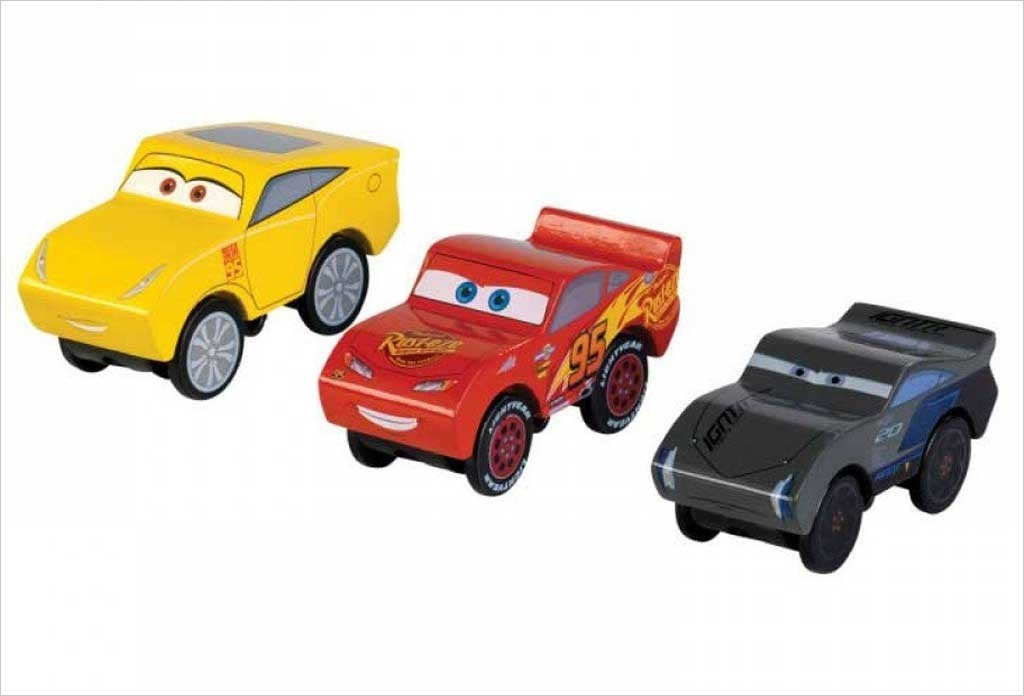 Voitures cars 3 Coffret Piston Cup